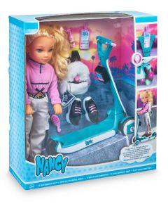 Bambola Nancy Un Giorno Sul Mio Monopattino - Famosa 700016705