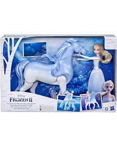 Hasbro E67165L0 - Frozen 2 Elsa e il Cavallo Nokk